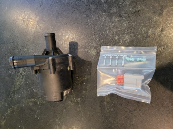 Tesla Coolant Pump and Pigtail